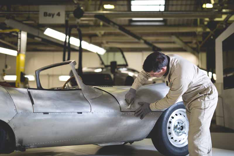 jaguar-reprint-version-%c2%b7-new-car-xkss-unveiled-the-world-for-the-first-time-delivered-handmade-limited-9-cars-in-early-2017-20161127-13