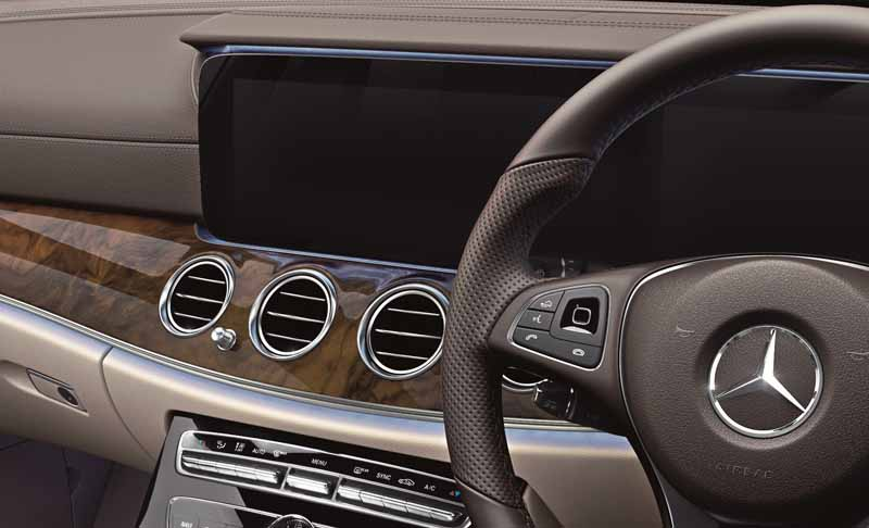 mercedes-%c2%b7-benz-japan-launches-the-new-e-class-station-wagon20161130-18