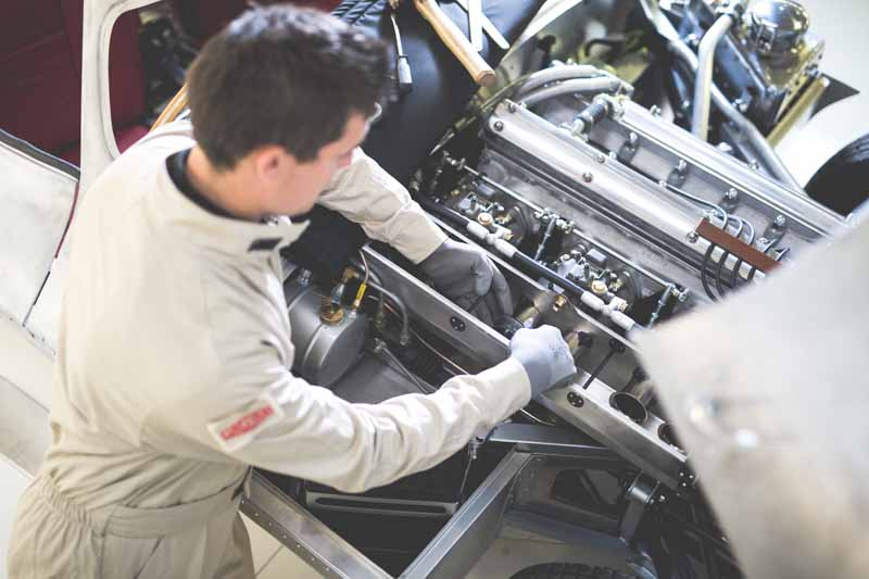 jaguar-reprint-version-%c2%b7-new-car-xkss-unveiled-the-world-for-the-first-time-delivered-handmade-limited-9-cars-in-early-2017-20161127-16