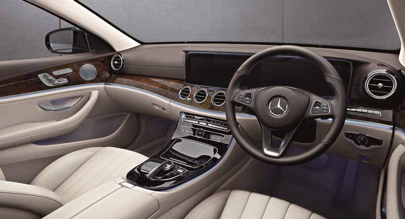 mercedes-%c2%b7-benz-japan-launches-the-new-e-class-station-wagon20161130-4