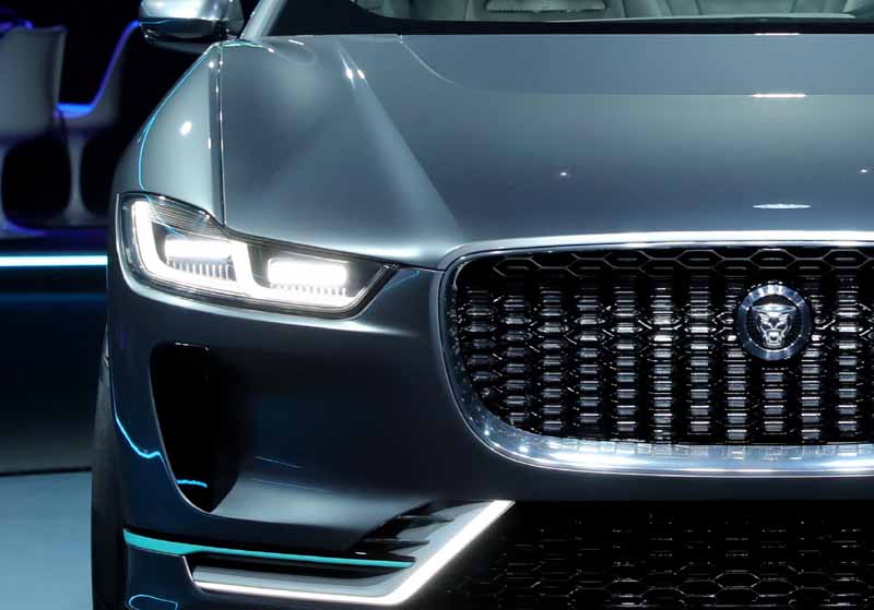 jaguars-first-electric-vehicle-i-pace-concept-unveiled-worldwide-in-the-us-%c2%b7-la20161119-22