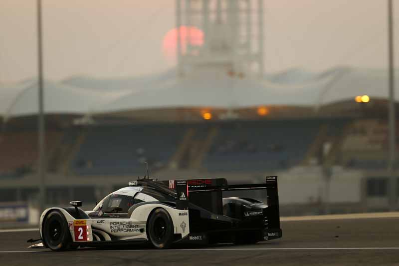 last-9-races-of-the-world-endurance-championship-wec-%c2%b7-bahrain-audi-r18-decorate-the-flowerway-withdrawing-as-a-top-monopoly20161121-10