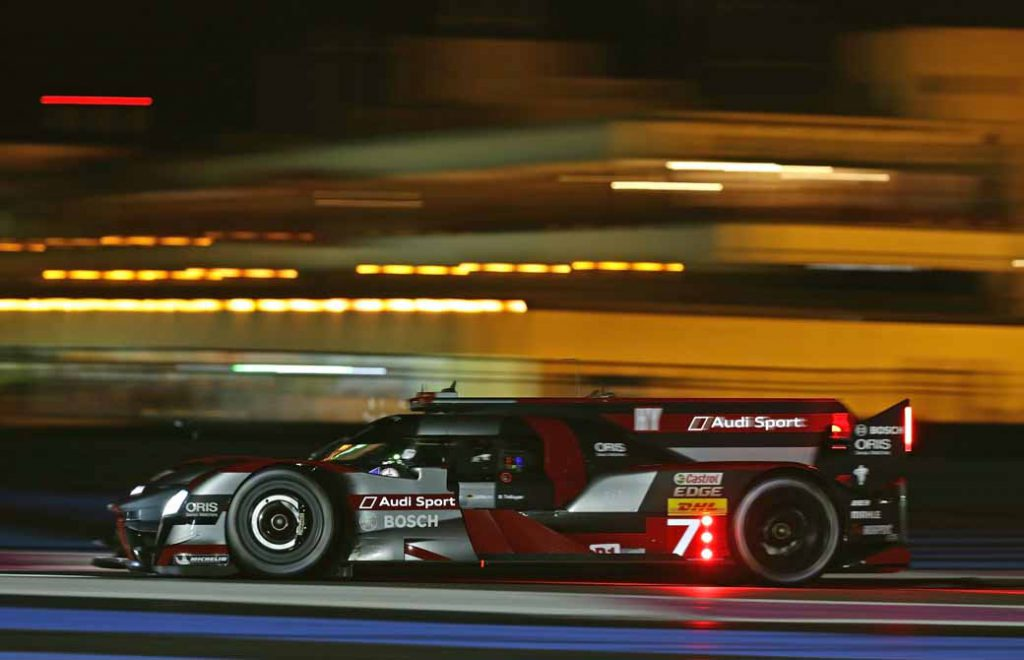 last-9-races-of-the-world-endurance-championship-wec-%c2%b7-bahrain-audi-r18-decorate-the-flowerway-withdrawing-as-a-top-monopoly20161121-15