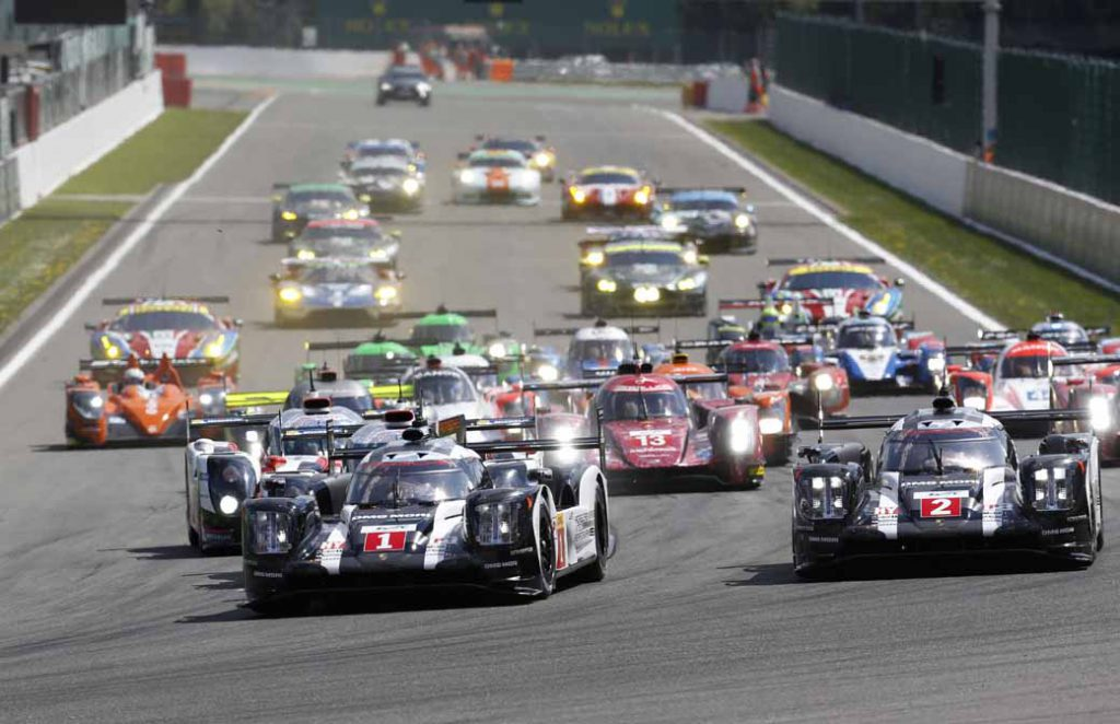 checker-world-endurance-championship-wec-round-8-shanghai-porsche-is-in-the-first-place-bite-into-the-toyota-camp-2-third-place20161107-15