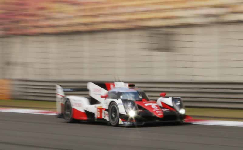 checker-world-endurance-championship-wec-round-8-shanghai-porsche-is-in-the-first-place-bite-into-the-toyota-camp-2-third-place20161107-18