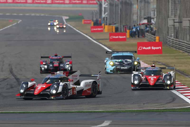 checker-world-endurance-championship-wec-round-8-shanghai-porsche-is-in-the-first-place-bite-into-the-toyota-camp-2-third-place20161107-21