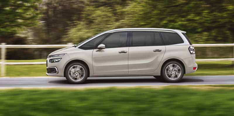 citroen-introduces-clean-diesel-expected-from-c4-picasso-which-inherits-the-name-of-genius-picasso20161124-2