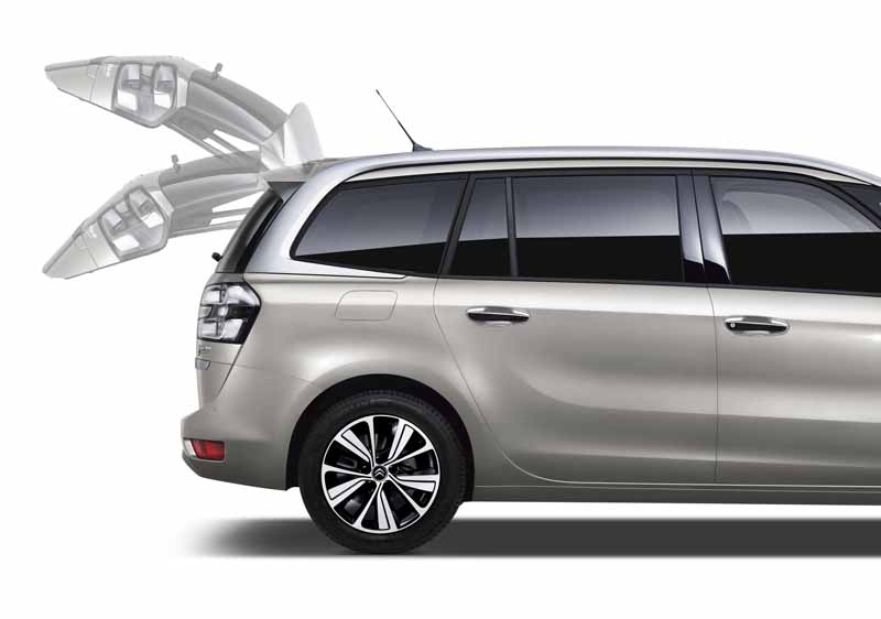 citroen-introduces-clean-diesel-expected-from-c4-picasso-which-inherits-the-name-of-genius-picasso20161124-4