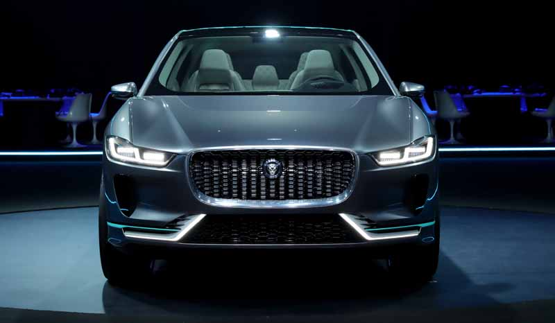 jaguars-first-electric-vehicle-i-pace-concept-unveiled-worldwide-in-the-us-%c2%b7-la20161119-13