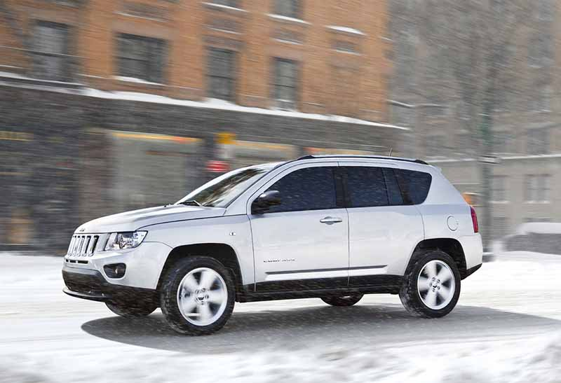 fca-japan-releases-jeep-compass-free-drive-edition20161120-2