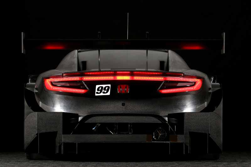 honda-expose-the-nsx-gt-in-the-race-scheduled-for-super-gt-series-of-2017-20161102-1