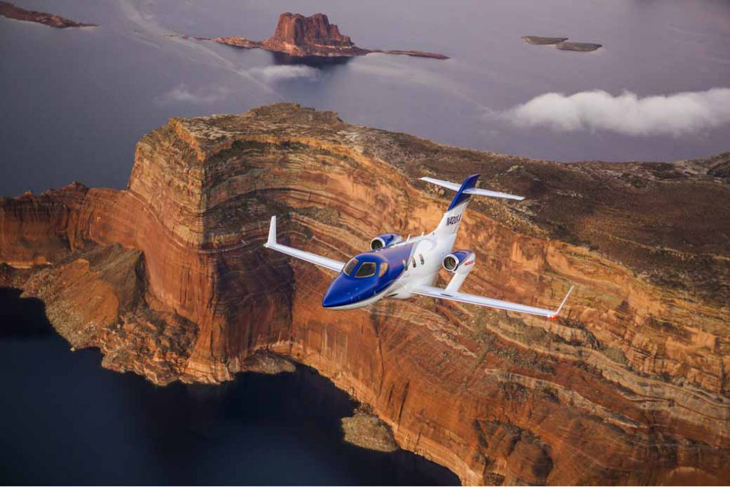 hondajet-first-released-the-actual-machine-in-the-middle-east-area-exhibited-at-the-air-show-held-in-united-arab-emirates-and-dubai20161123-1