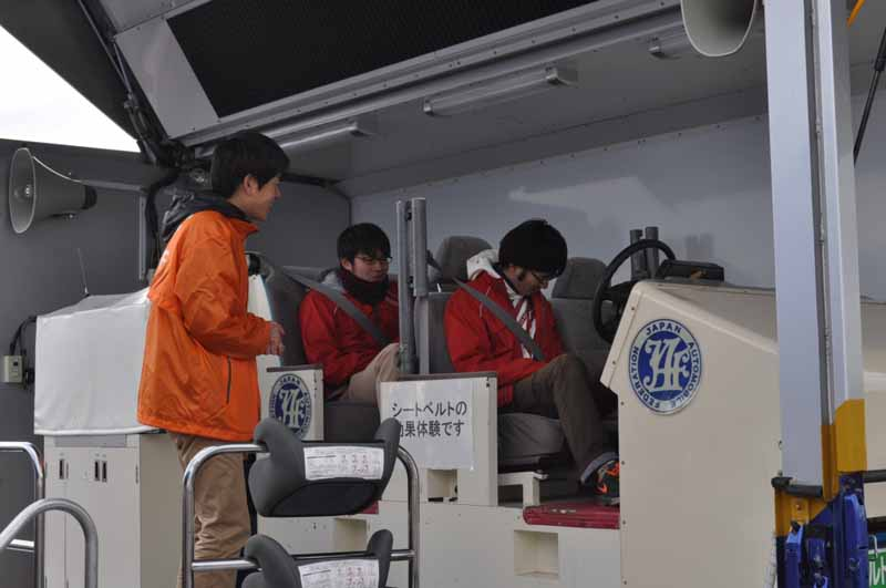 jaf-kansai-holds-a-hands-on-event-motor-festival-in-miu-2016-that-you-can-see-touch-and-experience20161118-2