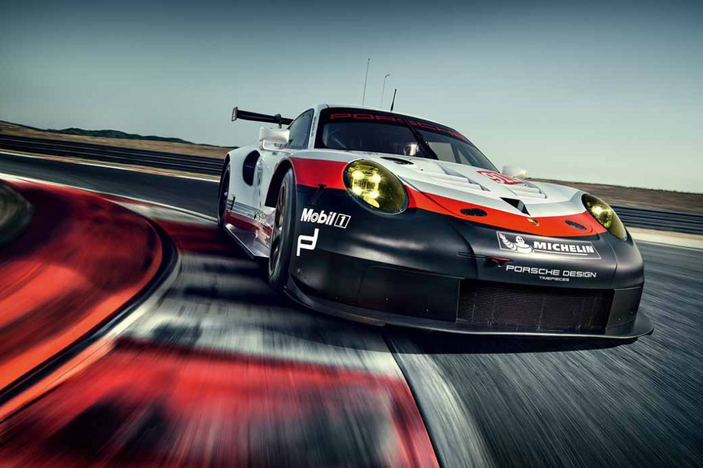 porsche-new-911-rsr-debuted-at-the-daytona-24-hour-race-in-january-201720161118-4
