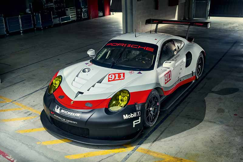 porsche-new-911-rsr-debuted-at-the-daytona-24-hour-race-in-january-201720161118-6