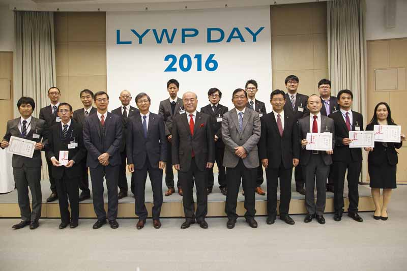 sumitomo-rubber-industries-the-8th-csr-award-ceremony-was-held20161130-1