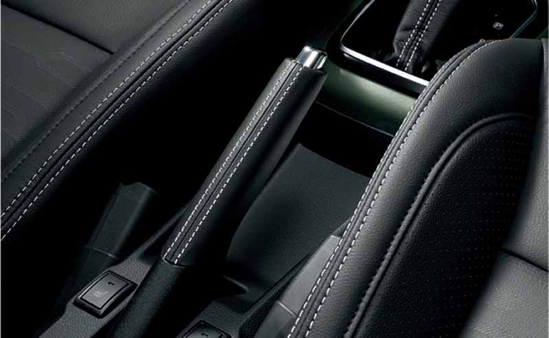 suzuki-launches-special-specification-car-f-limited-of-small-passenger-car-ignis20161117-1
