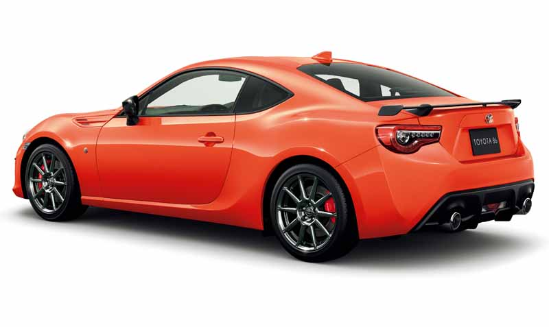 toyota-motor-limited-edition-orange-colored-car-to-86-for-a-limited-time-only20161114-2
