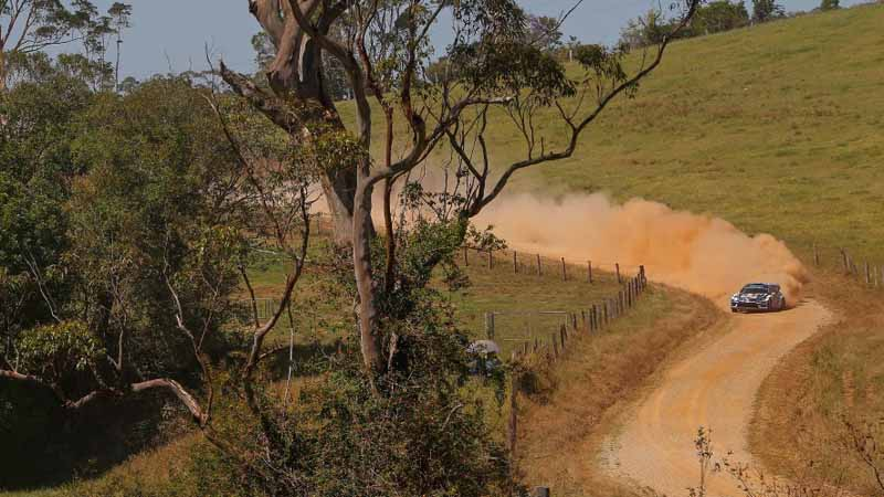 volkswagen-decorate-the-finish-of-the-last-in-wrc-2016-final-rally-australia-1-2-20161121-15
