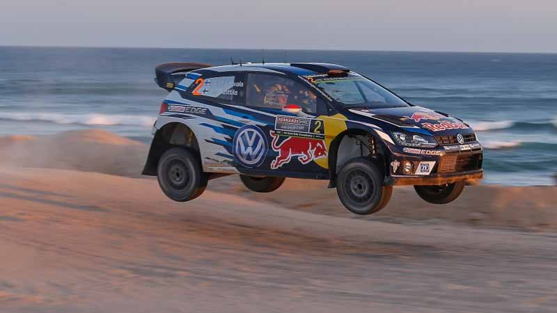 volkswagen-decorate-the-finish-of-the-last-in-wrc-2016-final-rally-australia-1-2-20161121-17
