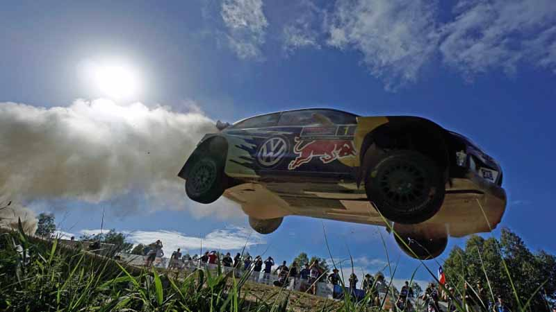 volkswagen-decorate-the-finish-of-the-last-in-wrc-2016-final-rally-australia-1-2-20161121-25
