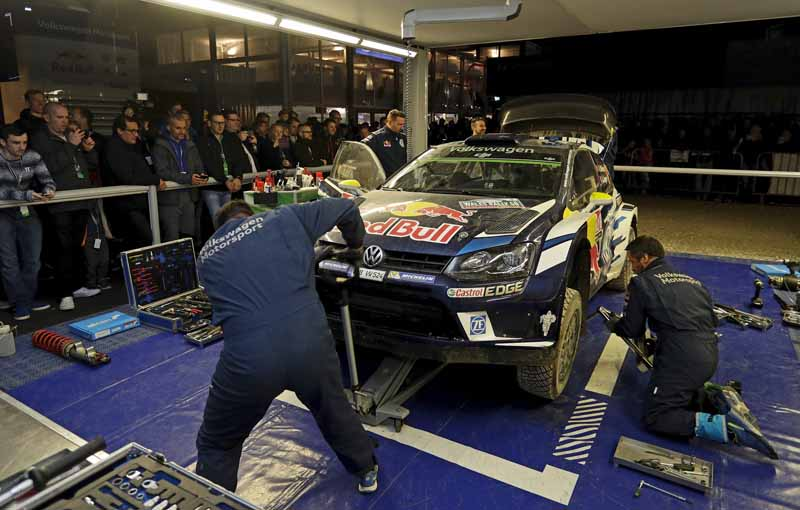 volkswagen-won-the-fourth-consecutive-year-the-fourth-time-of-the-manufacturers-title-in-the-wrc20161104-1