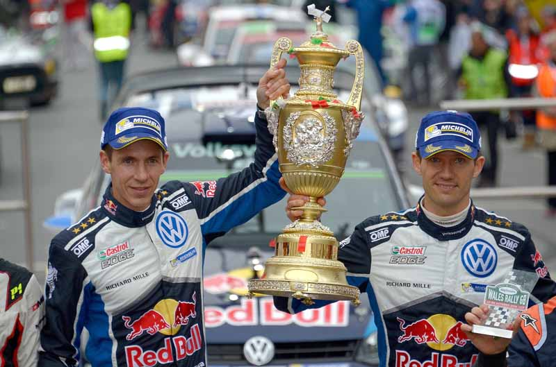 volkswagen-won-the-fourth-consecutive-year-the-fourth-time-of-the-manufacturers-title-in-the-wrc20161104-10