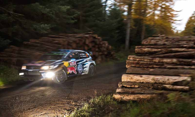 volkswagen-won-the-fourth-consecutive-year-the-fourth-time-of-the-manufacturers-title-in-the-wrc20161104-11