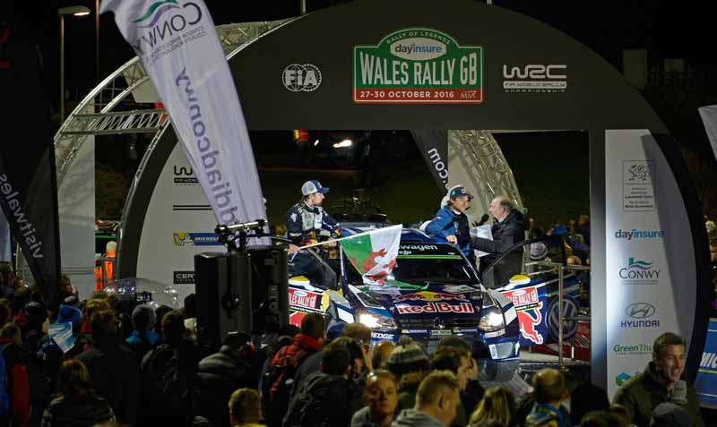 volkswagen-won-the-fourth-consecutive-year-the-fourth-time-of-the-manufacturers-title-in-the-wrc20161104-12
