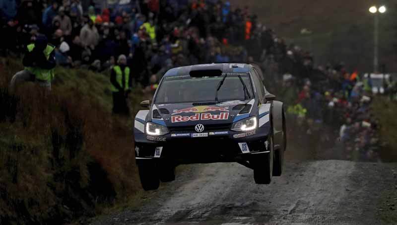 volkswagen-won-the-fourth-consecutive-year-the-fourth-time-of-the-manufacturers-title-in-the-wrc20161104-13