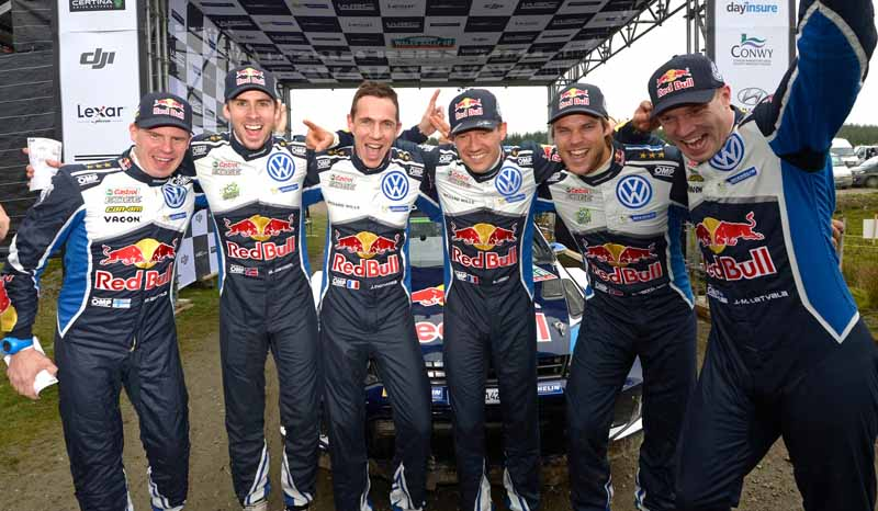 volkswagen-won-the-fourth-consecutive-year-the-fourth-time-of-the-manufacturers-title-in-the-wrc20161104-18