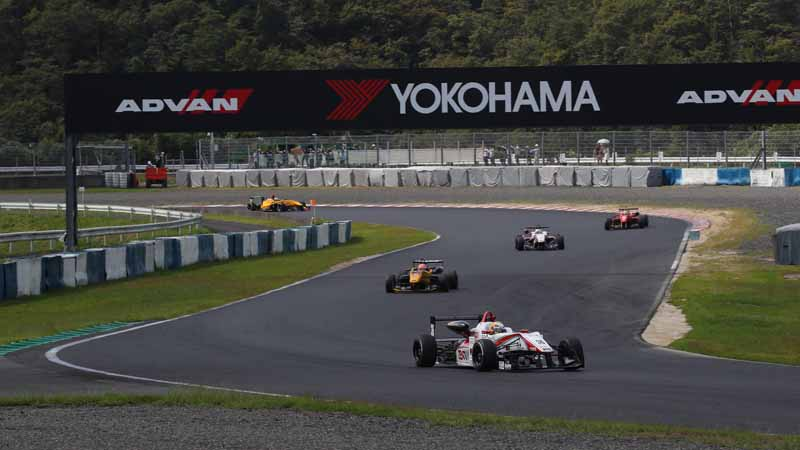 yokohama-rubber-continues-to-supply-tires-to-the-all-japan-f3-championship20161116-12