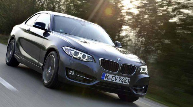BMW、1・2シリーズFRクーペの4気筒モデルを新世代エンジンで刷新