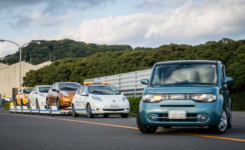 nissan-introduces-unmanned-conveying-system-of-finished-car-utilizing-automatic-driving-technology-to-oppama-factory20161205-4