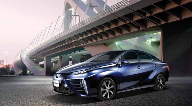 トヨタ自動車、産油国UAEの現地4社と燃料電池車「MIRAI(ミライ)」による運用実験を開始