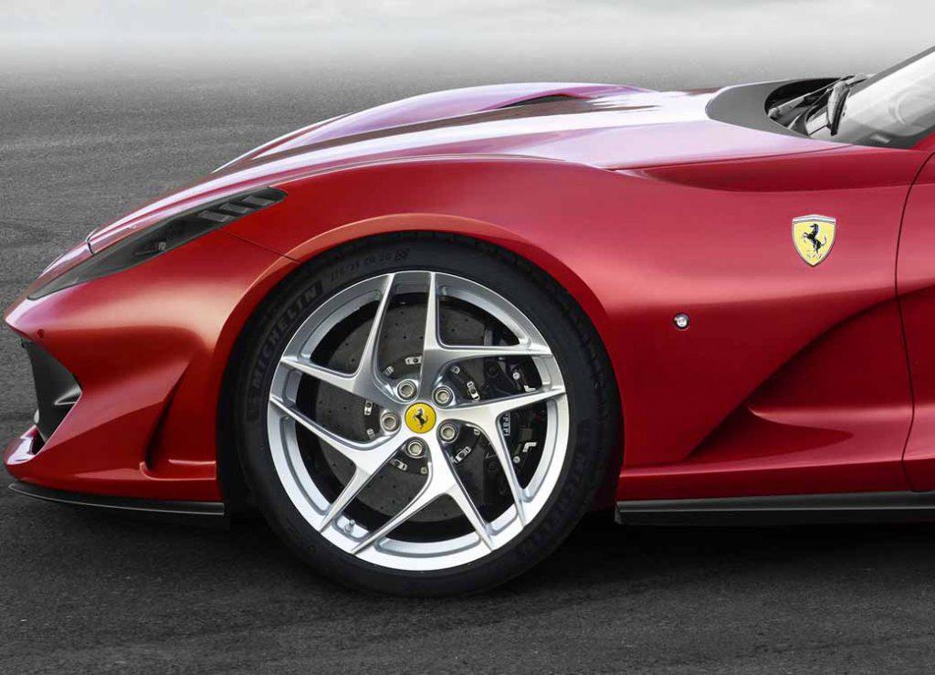 フェラーリ・812スーパーファストの画像 p1_37