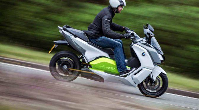 BMW初の大容量リチウムイオンバッテリー搭載の電動スクーター、C evolution発表