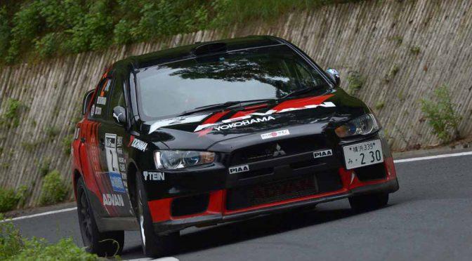 全日本ラリー選手権第3戦・久万高原ラリー初日、三菱の奴田原選手が首位。スバル勢はトラブルで苦戦
