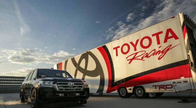 トヨタ・ランドクルーザー、時速370km超の速度記録を達成し「世界一速いSUV」の称号を獲得