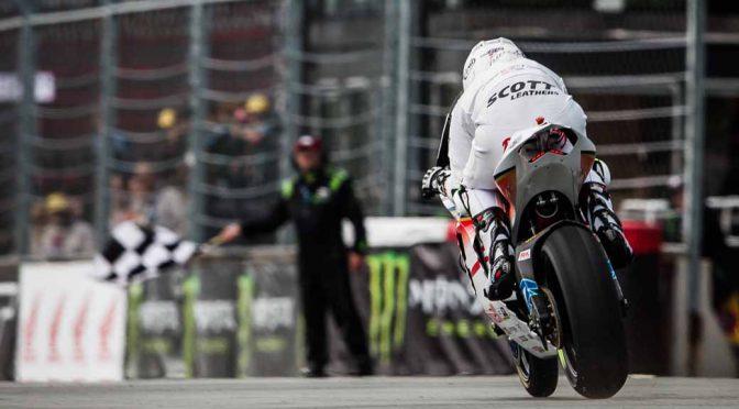無限、マン島TTを制した電動バイク「神電六」を鈴鹿8耐でデモラン