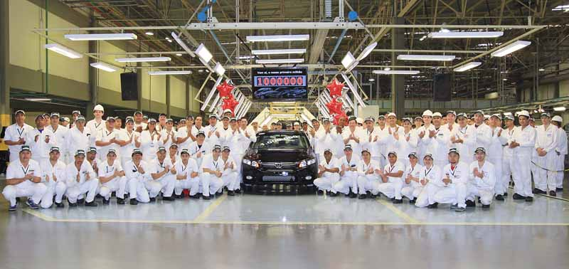 写真は2012年当時、ブラジルでの累計生産台数100万台達成記念式典での様子