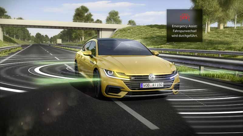 """「自動運転と安全性」カテゴリーでは、「Arteon」の""""エマージェンシー アシスト""""システムが受賞"""