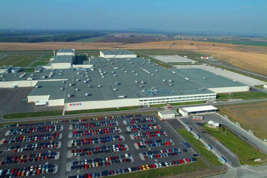 写真はトヨタ・プジョー・シトロエン・オートモビル・チェコ(TPCA)工場の全景