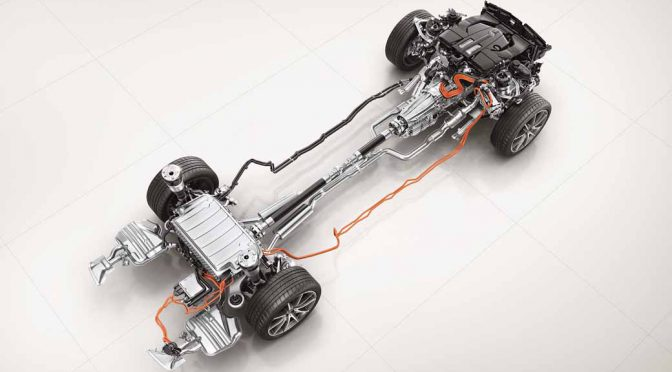 MBJ、PHVのS560eロングを発表