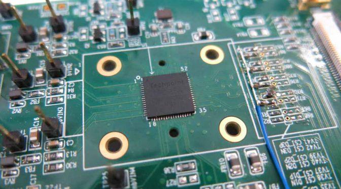 テックポイント、台湾の大手車載モニター企業に映像半導体を提供
