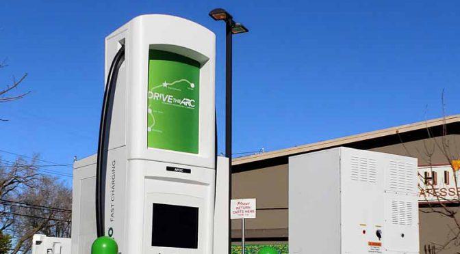 日産含む3社、米加州のEV実証事業にチャデモ式超高速充電器導入