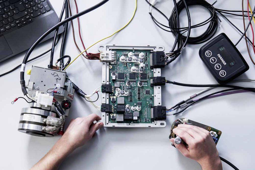 XTRONICは、Paravanとのパートナーシップで「Space Drive」ドライブバイワイヤー技術を開発している。