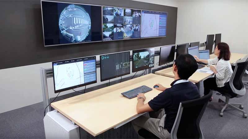 車両の制御とオペレーションサービスを担う遠隔管制センター