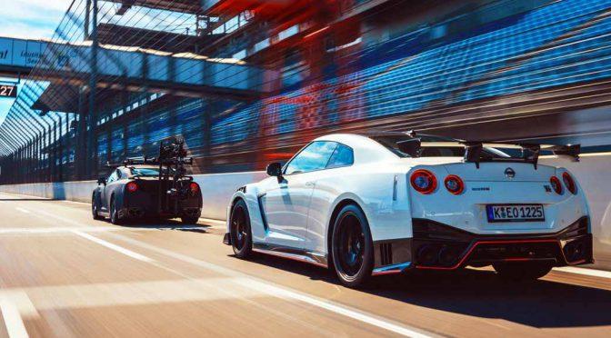 日産自動車、GT-Rの激走シーンをランデブー撮影
