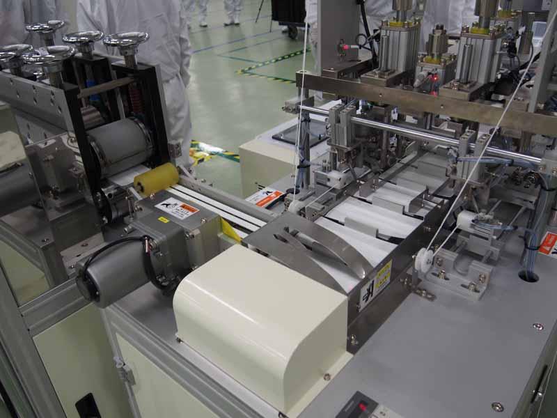 三重工場に於けるマスク生産工程
